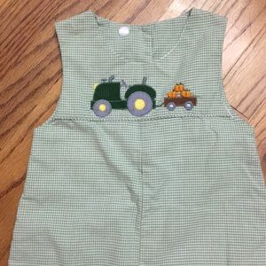 Tractor and pumpkin longall 18M